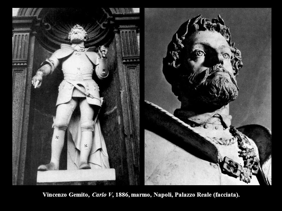 Vincenzo Gemito, Carlo V, 1886, marmo, Napoli, Palazzo Reale (facciata).