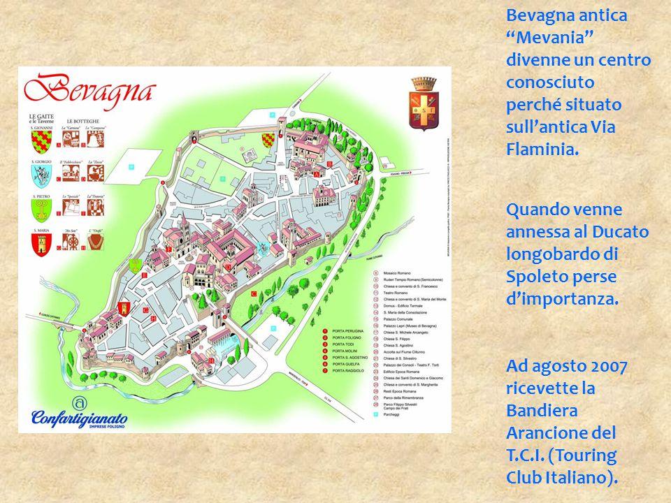 """Bevagna antica """"Mevania"""" divenne un centro conosciuto perché situato sull'antica Via Flaminia. Quando venne annessa al Ducato longobardo di Spoleto pe"""