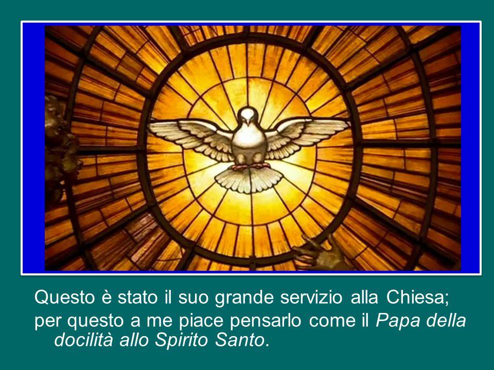 Non dimentichiamo che sono proprio i santi che mandano avanti e fanno crescere la Chiesa.