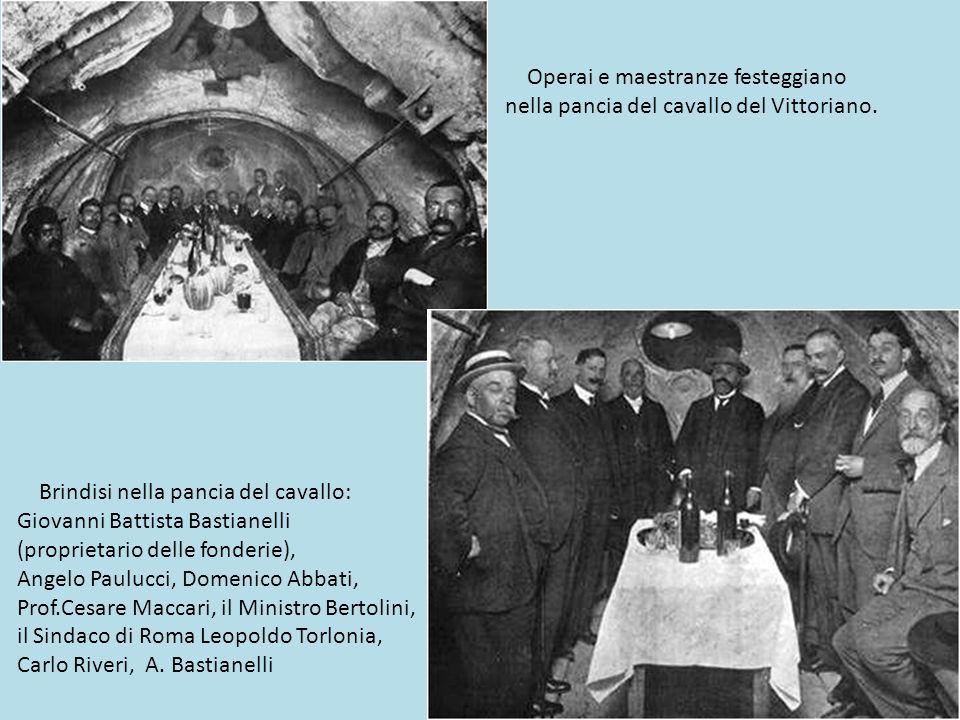1910 - La statua equestre di Vittorio Emanuele II è alta 12 metri e lunga 10.