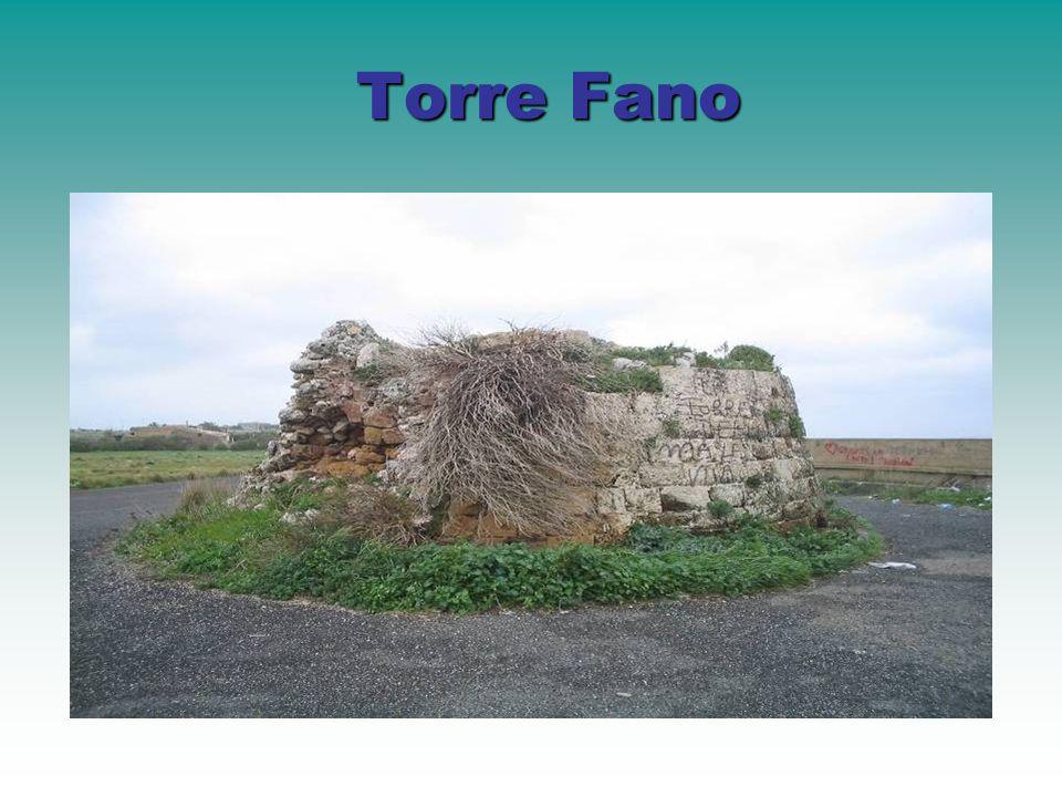 Fin dalle antiche epoche storiche, e comunque a partire dal periodo greco-siracusano ellenistico, fu edificata, in contrada belvedere di Torrefano, una Torre di segnalazione e controllo del mare.