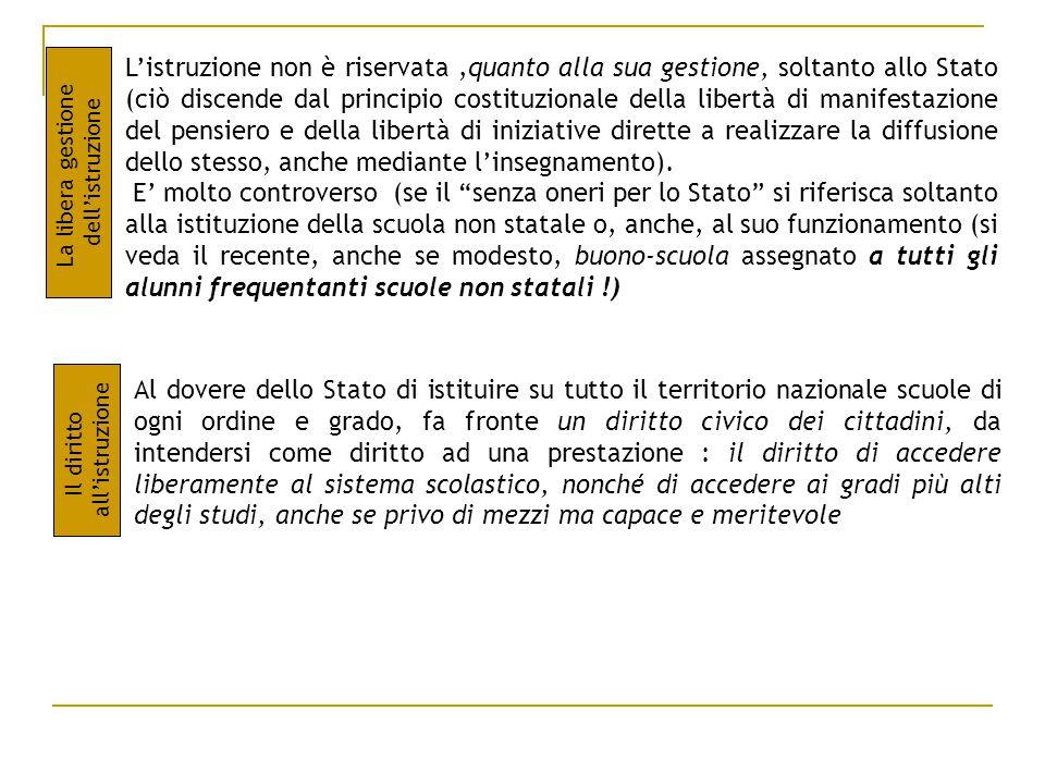EVOLUZIONE STORICA DEL DIRITTO SCOLASTICO PRIMA E DOPO L'ENTRATA IN VIGORE DELLA COSTITUZIONE BREVISSIMI CENNI SULLE LEGGI ANTE-COSTITUZIONE La legge Casati(1859) : Affronta il problema dell'analfabetismo attraverso l'obbligatorietà e gratuità dell'istruzione elementare(fino a 9 anni di età) La legge Coppino (1877) : estende i principi della legge Casati, ma non ottiene grossi risultati, in quanto mancano le sanzioni contro gli inadempienti La legge Orlando (1904) : estende l'obbligo da 9 a 12 anni di età La legge Credaro (1911) : Si avvia il passaggio allo Stato delle competenze e delle funzioni dei Comuni in materia di gestione delle Scuole La riforma Gentile, i cui punti chiave sono a.