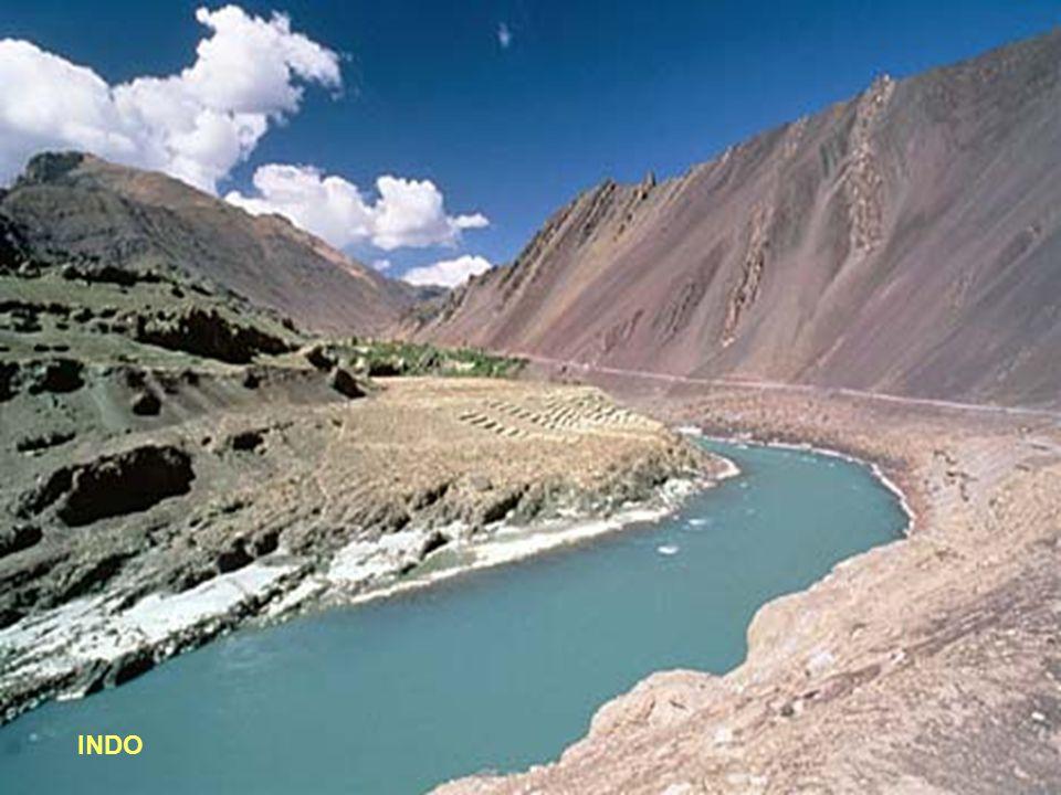 20° - INDO Lunghezza: 3180 km - Portata media: 6700 (metri cubi/sec) - Sorgente: Himalaya 5500 mt.