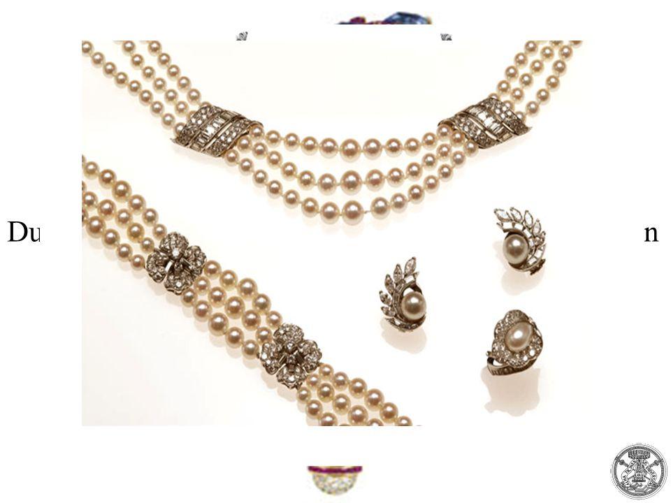 Durante il 1900 nasce a Parigi una maison che entra in competizione con la Tiffany & Co. la Van Cleef & Arpels.