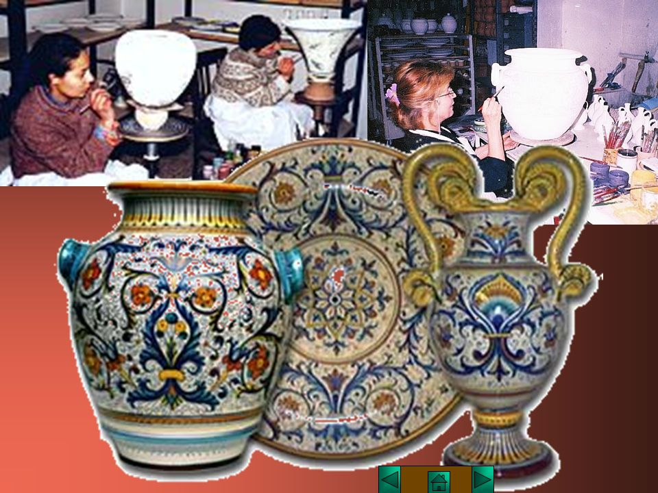 La scoperta delle vetrine fece fare alla ceramica un notevole passo avanti, rendendo il manufatto completamente impermeabile.