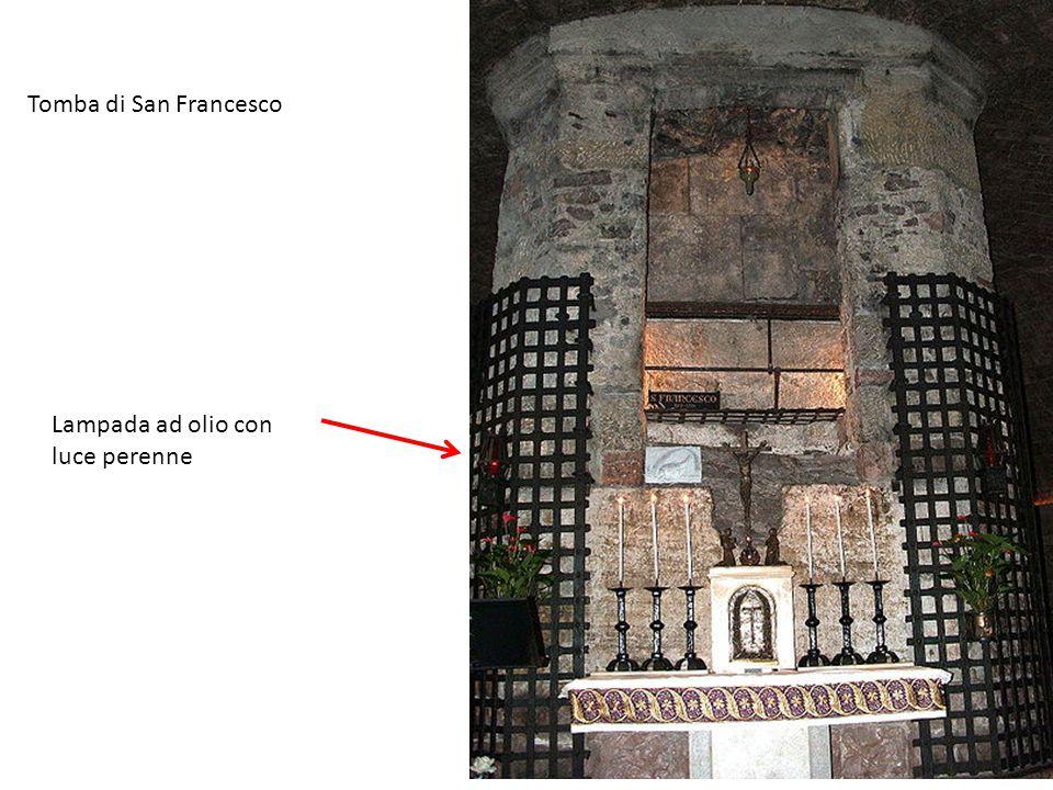 Tomba di San Francesco Lampada ad olio con luce perenne