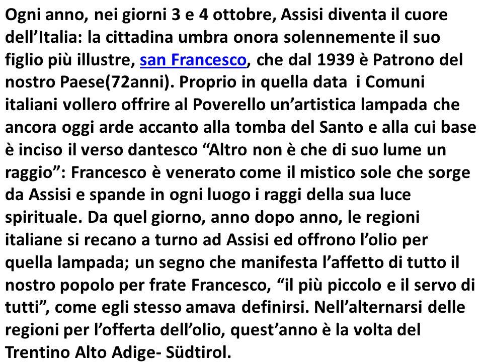 Ogni anno, nei giorni 3 e 4 ottobre, Assisi diventa il cuore dell'Italia: la cittadina umbra onora solennemente il suo figlio più illustre, san Francesco, che dal 1939 è Patrono del nostro Paese(72anni).