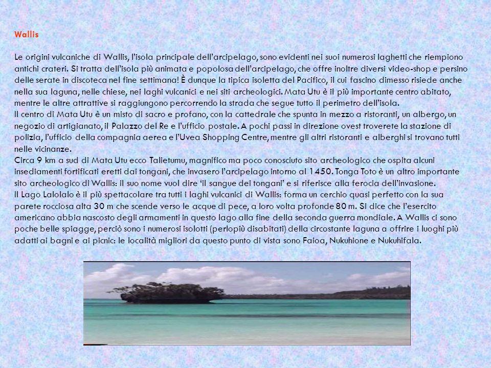 Wallis Le origini vulcaniche di Wallis, l'isola principale dell'arcipelago, sono evidenti nei suoi numerosi laghetti che riempiono antichi crateri. Si