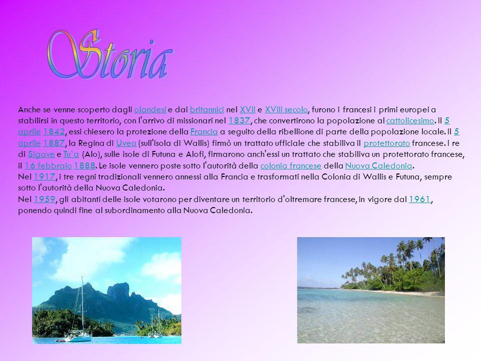 Il territorio è diviso nei tre regni tradizionali (royaumes coutumiers): Uvea (sull isola di Wallis), Sigave (sulla parte ovest dell isola di Futuna), e Alo (sull isola di Alofi e sulla parte est di Futuna).
