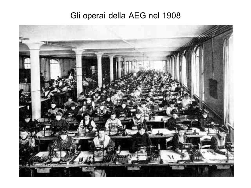 Gli operai della AEG nel 1908