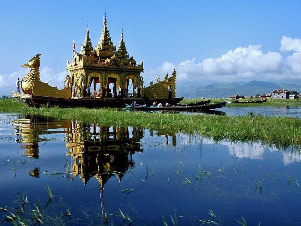 LAGO INLE Il Lago Inle (in birmano [ínlé kàn]) è un lago di acqua dolce situato nelle montagne dello Stato Shan in Birmania (Myanmar).