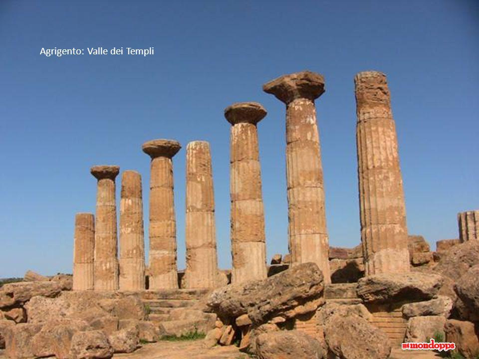 Selinunte: Tempio in rovina