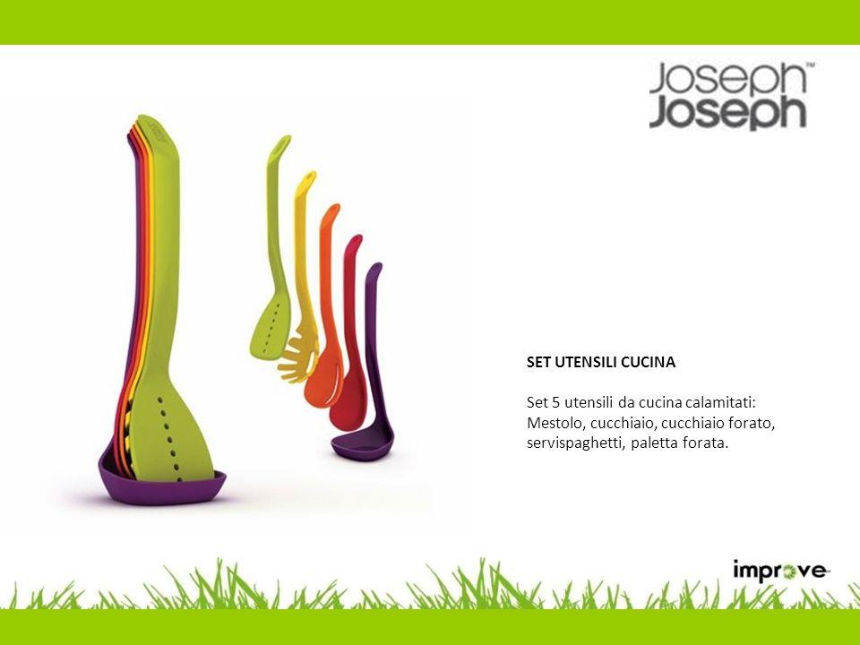 SET ACCESSORI CUCINA Pratico e coloratissimo set composto da due ciotole, uno spremiagrumi, un setaccio ed uno scolapasta.