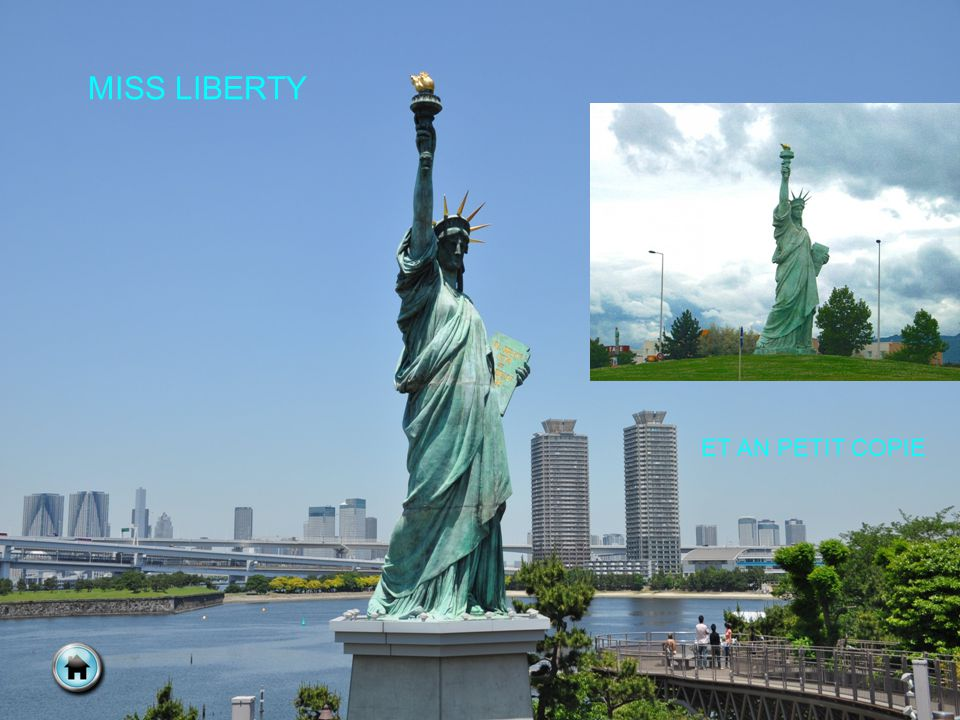 MISS LIBERTY ET AN PETIT COPIE