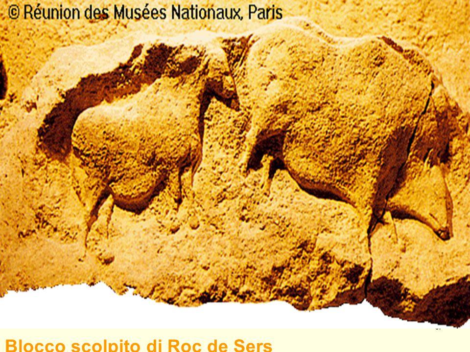 67 Blocco scolpito di Roc de Sers