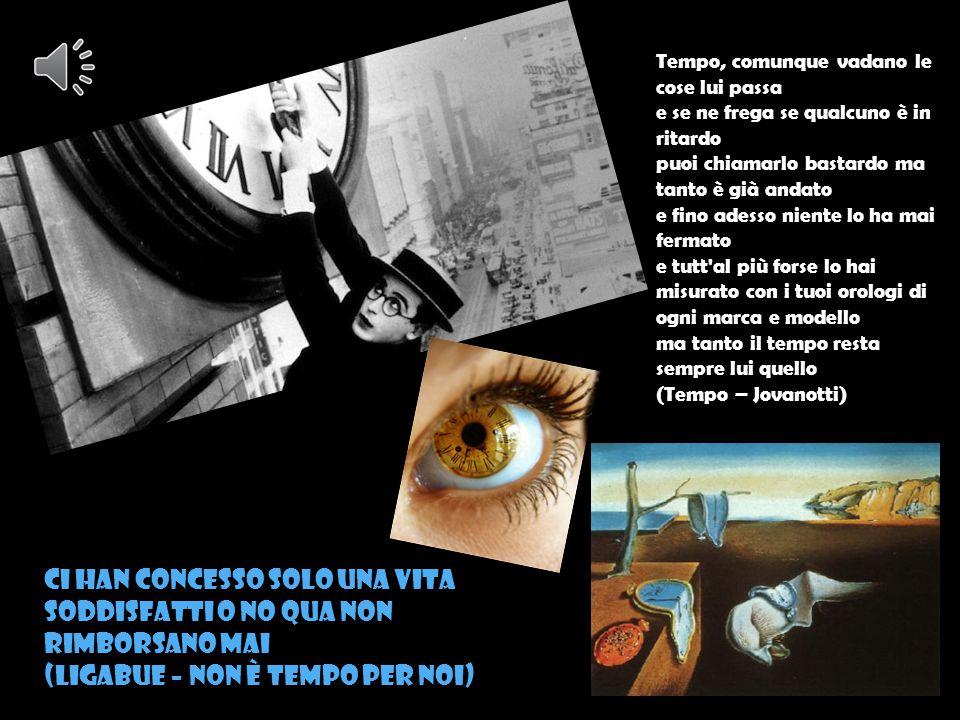 ANALISI La vita fugge, et non s'arresta un'hora et la morte vien dietro a gran giornate, et le cose presenti et le passate mi dànno guerra, et le future anchora; e l rimembrare et l aspettar m accora, or quinci or quindi, sì che n veritate, se non ch ì ò di me stesso pietate, ì sarei già di questi pensier fòra.