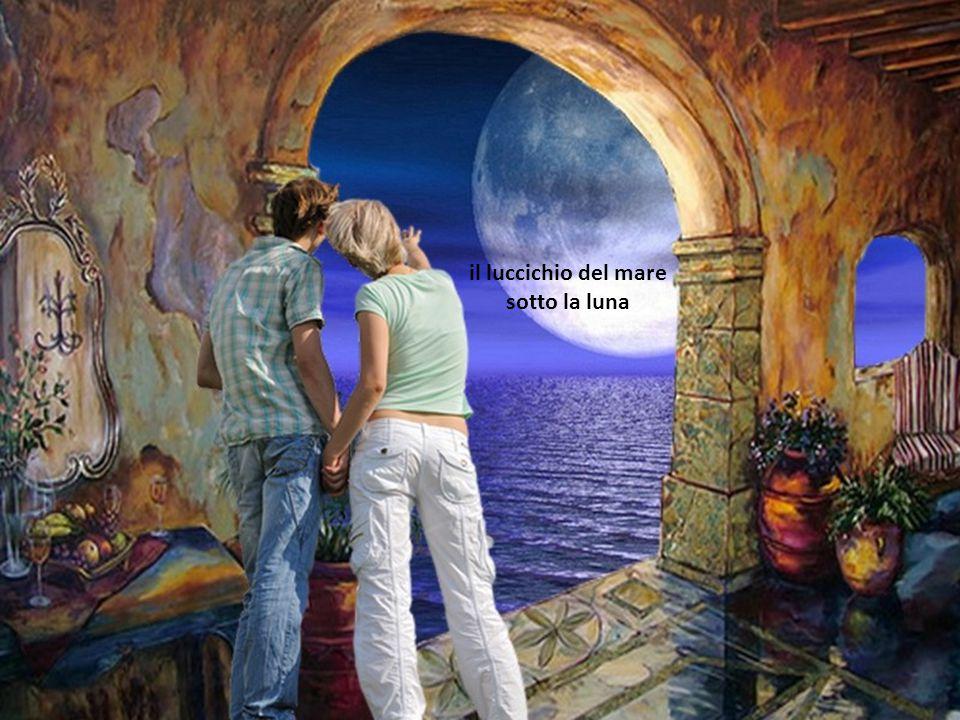 il luccichio del mare sotto la luna