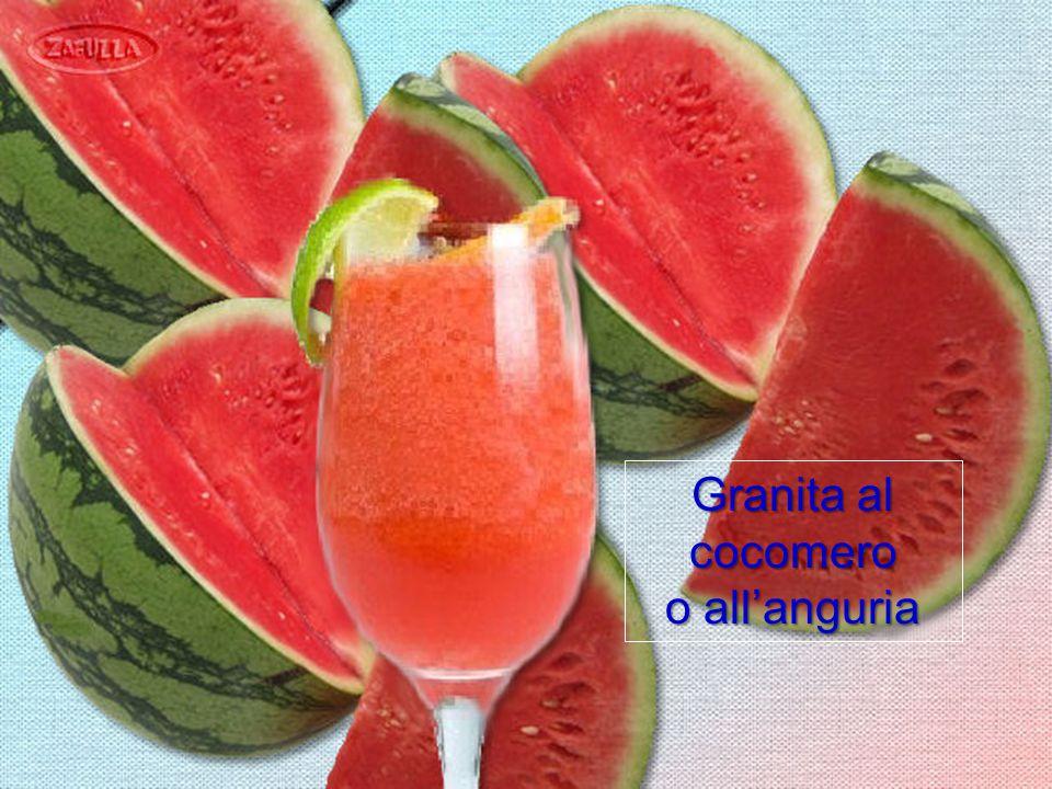 Le granite si possono preparare con tutta la frutta, anche con quella a polpa soda, basterà frullarla con l'aggiunta di un bicchiere di acqua, e 3 o 4