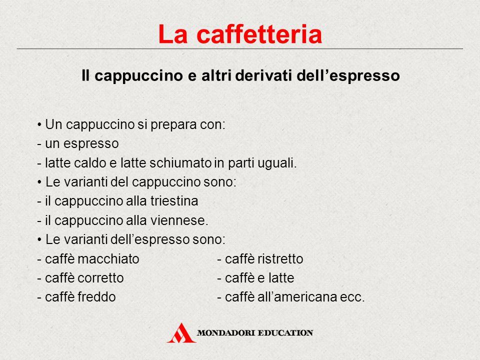 Il caffè può essere servito: al banco (tazzina con il manico verso la destra del cliente, piattino e cucchiaino) al tavolo (trasportare l'occorrente c