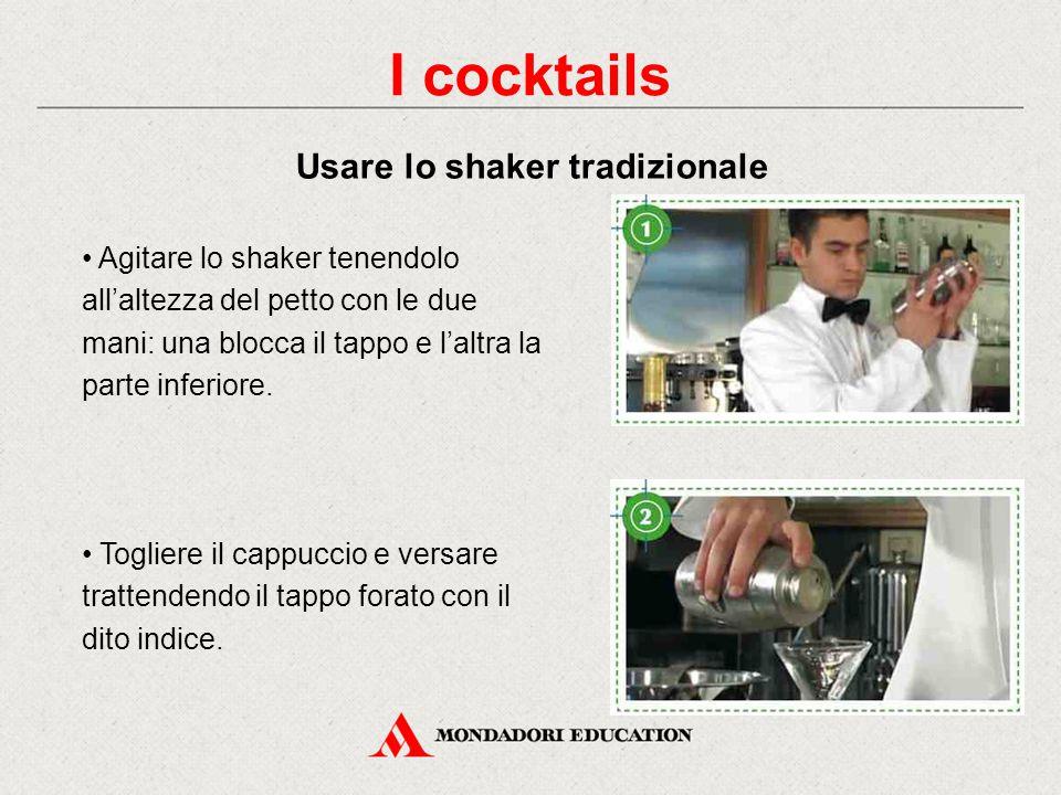 I cocktails possono essere preparati: direttamente nel bicchiere (con o senza ghiaccio) con il mixing glass (ingredienti non densi e con peso specific