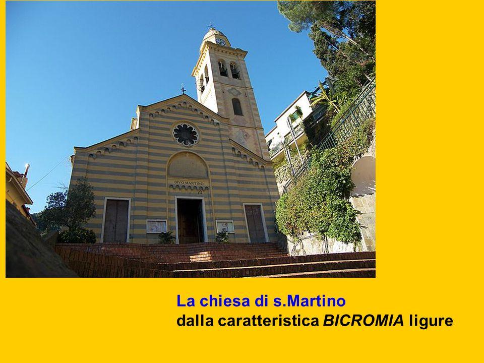 La chiesa di s.Martino dalla caratteristica BICROMIA ligure