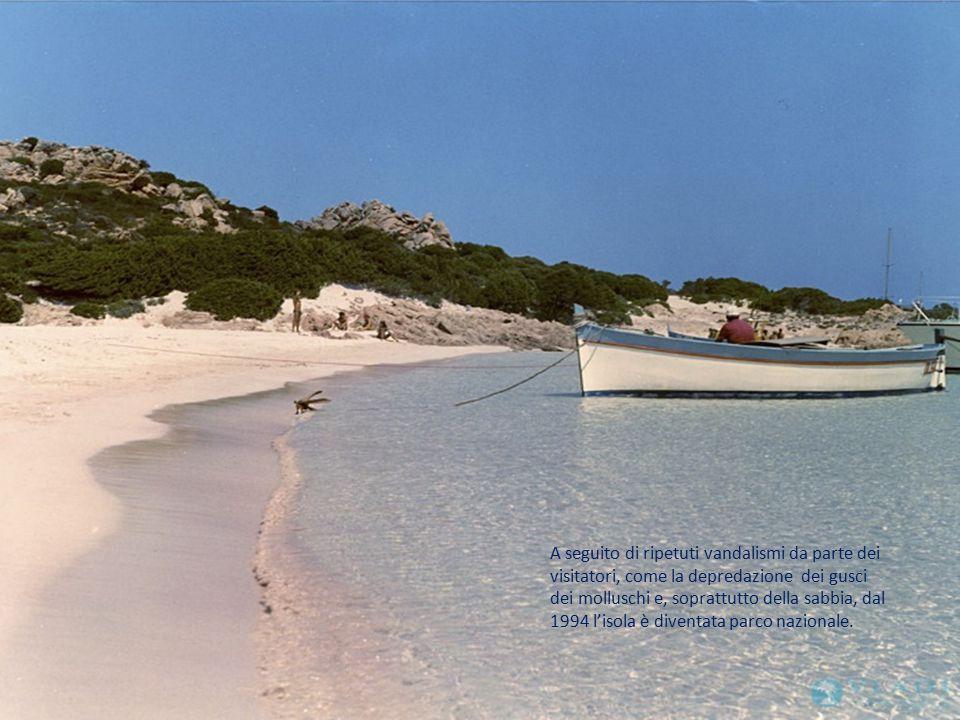 A seguito di ripetuti vandalismi da parte dei visitatori, come la depredazione dei gusci dei molluschi e, soprattutto della sabbia, dal 1994 l'isola è diventata parco nazionale.