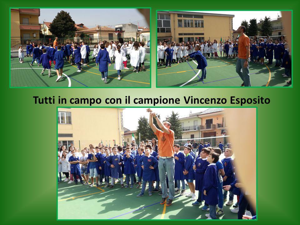 Tutti in campo con il campione Vincenzo Esposito