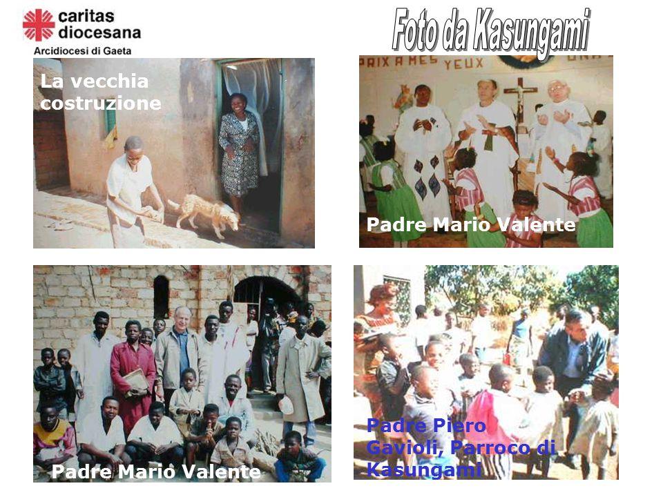 La vecchia costruzione Padre Mario Valente Bambini congolesi Padre Piero Gavioli, Parroco di Kasungami