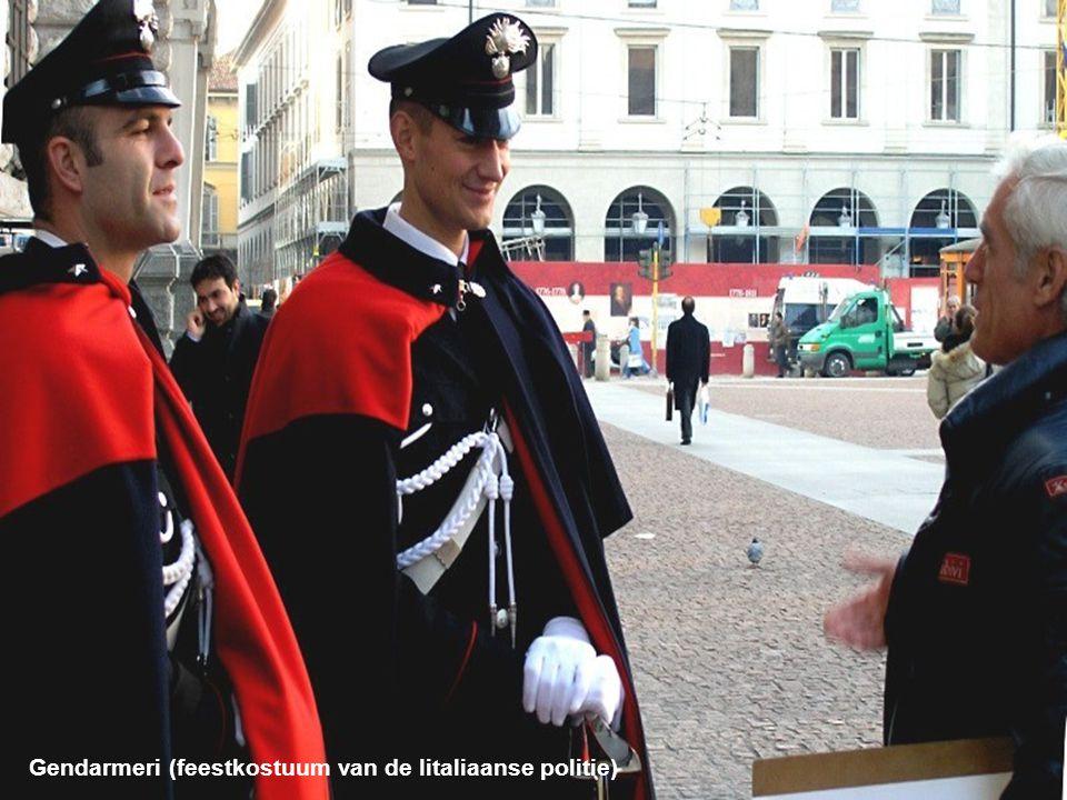 Gendarmeri (feestkostuum van de Iitaliaanse politie)
