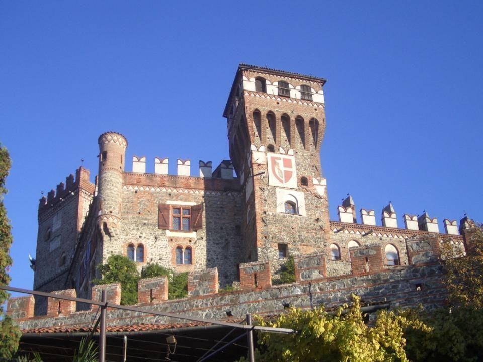 Castello di Pavone Canavese (TO)