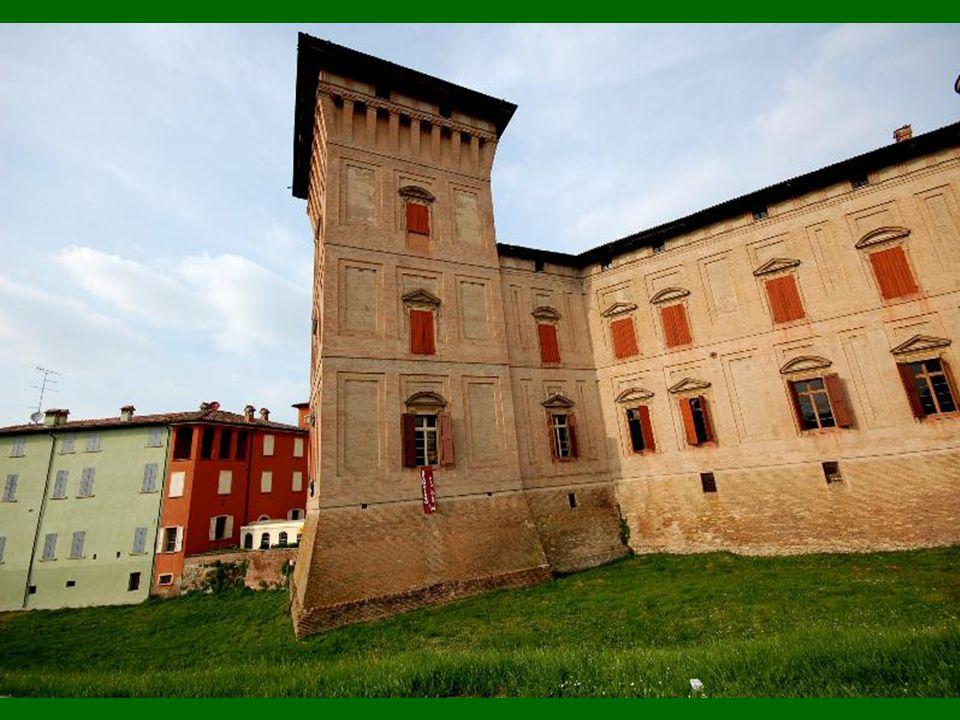 La Rocca dei Boiardo a SCANDIANO ( RE ) La Rocca dei Boiardo a SCANDIANO ( RE )