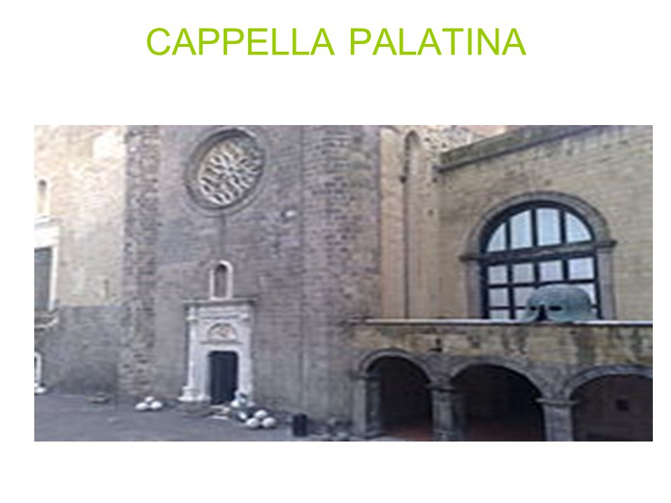 Si accede all appartamento storico per il monumentale e luminoso Scalone d onore che fu progettato nel 1651 daFrancesco Antonio Picchiatti e successivamente sistemato e decorato da Gaetano Genovese tra il 1838 e il 1858.
