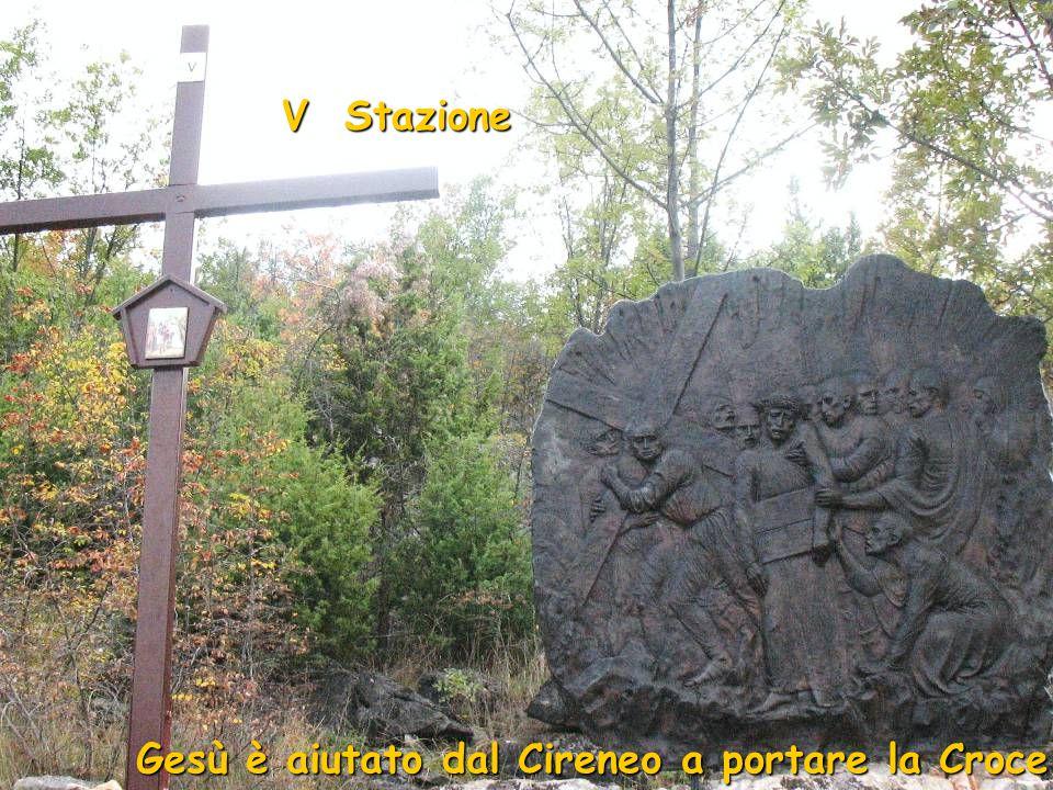 IV Stazione Gesù incontra sua Madre