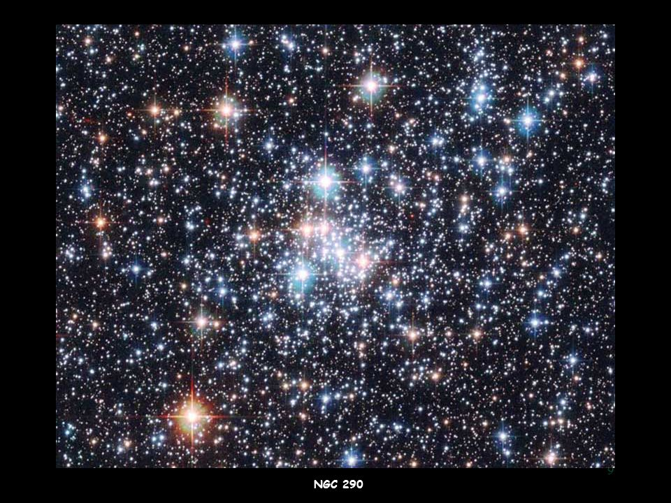 10 Insieme di 100000-1000000 stelle disposte con simmetria sferica Assenza di gas e polveri interstellari  Insieme di 100000-1000000 stelle disposte con simmetria sferica  Assenza di gas e polveri interstellari Ammassi Globulari Ammasso globulare NGC 2808