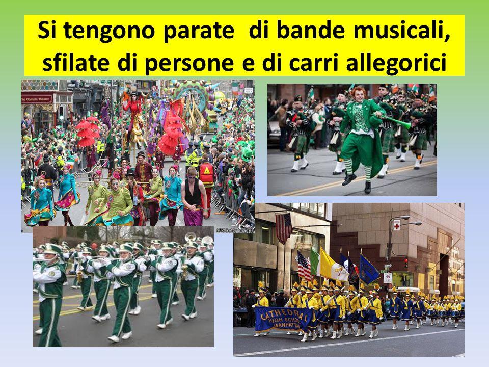 Si tengono parate di bande musicali, sfilate di persone e di carri allegorici