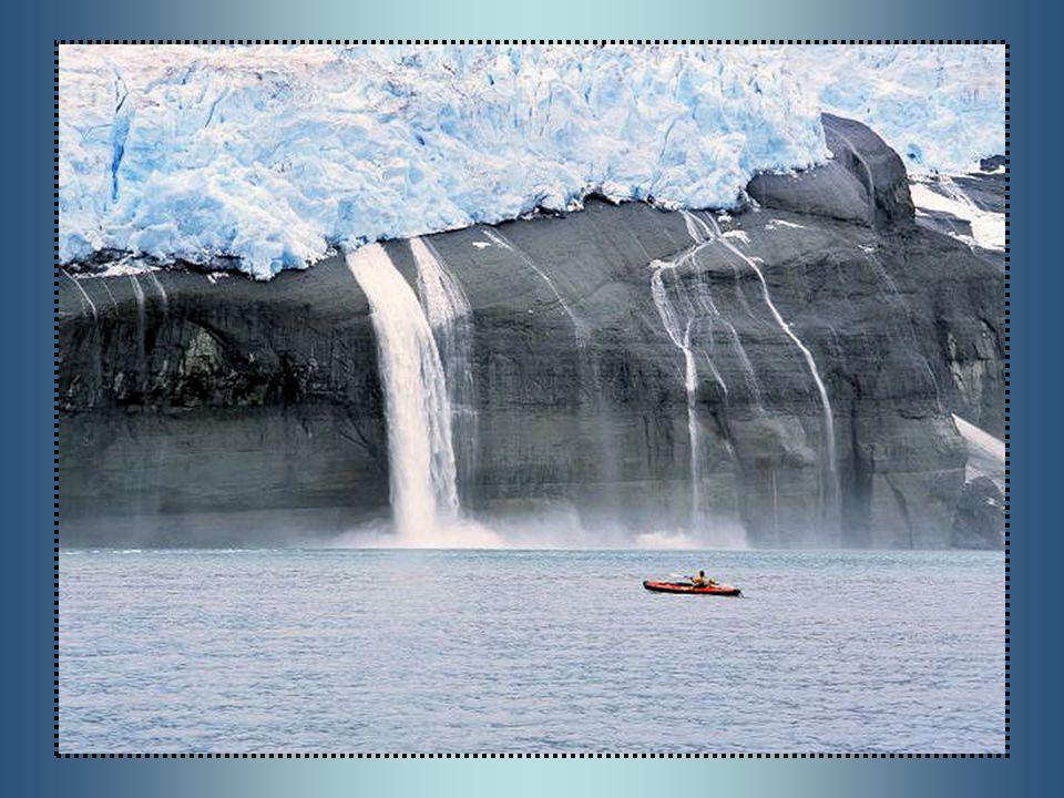 L Alaska è uno stato federato degli Stati Uniti d America.