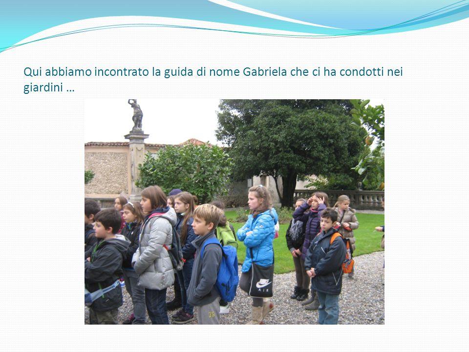 …ed all'interno della villa raccontandoci la storia delle famiglie Della Porta e Bozzolo…