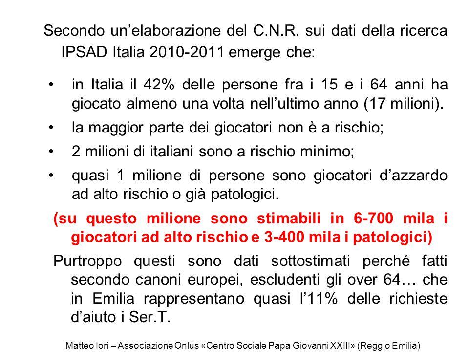 Secondo un'elaborazione del C.N.R. sui dati della ricerca IPSAD Italia 2010-2011 emerge che: in Italia il 42% delle persone fra i 15 e i 64 anni ha gi