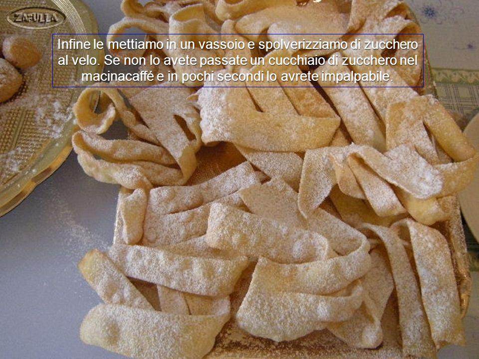 Cambiamo ancora il tovagliolo di carta e la frittura risulterà così più leggera e croccante.