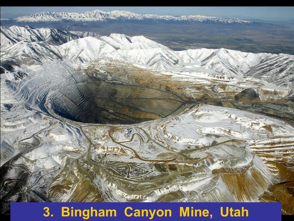 Questa incredibile miniera si trova a 300km a nord-est di Yellowknife in Canada.