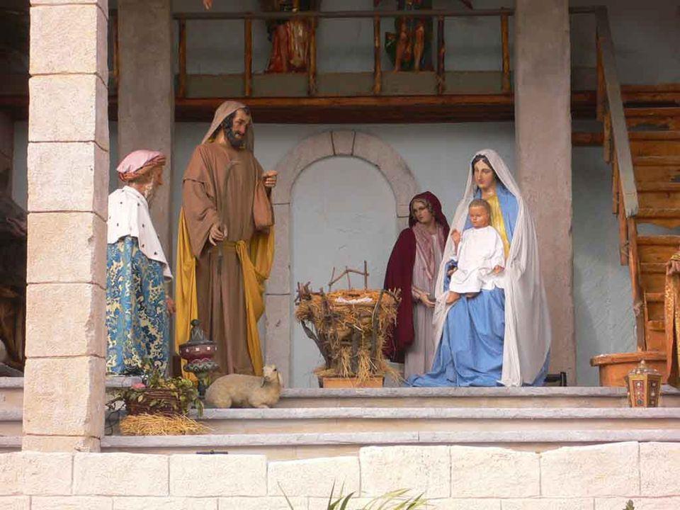 Il Natale, dunque, mentre commemora la nascita di Gesù nella carne, dalla Vergine Maria - e numerosi testi liturgici fanno rivivere ai nostri occhi questo o quell'episodio -, è un evento efficace per noi.