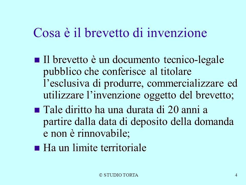 © STUDIO TORTA4 Cosa è il brevetto di invenzione Il brevetto è un documento tecnico-legale pubblico che conferisce al titolare l'esclusiva di produrre