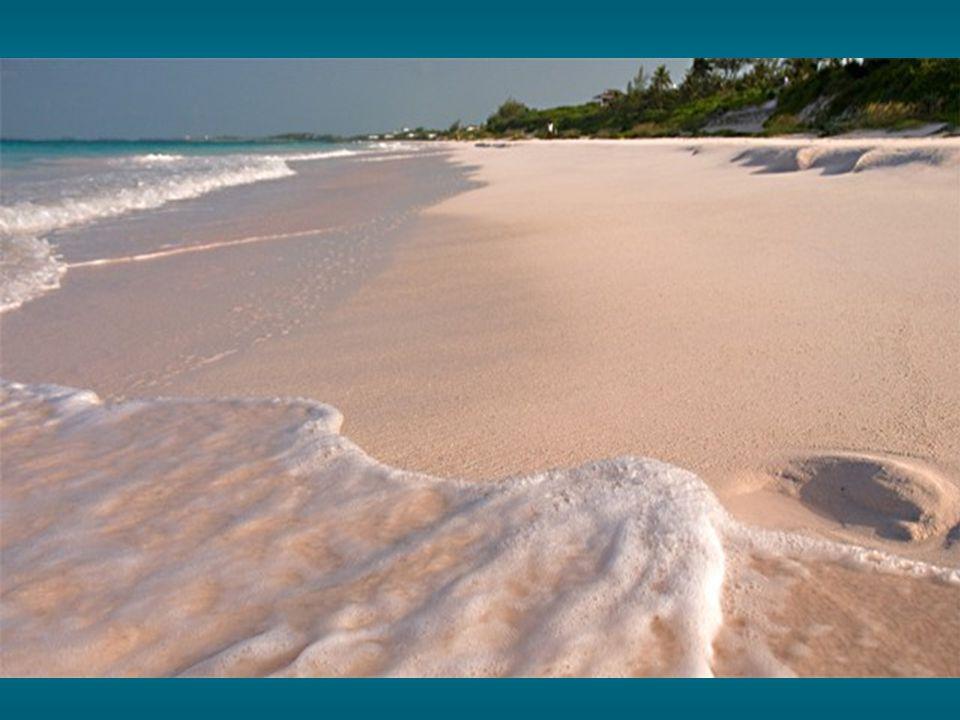 Figura nel libro Guinness come la spiaggia di spiaggia più bianca del mondo.