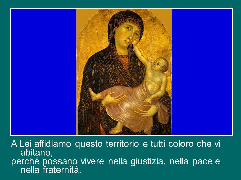 La Vergine è colei che più di ogni altro ha contemplato Dio nel volto umano di Gesù.
