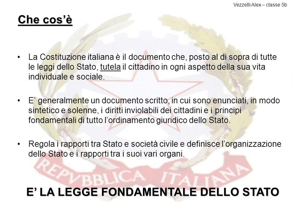 LA COSTITUZIONE ITALIANA L'Italia è una Repubblica democratica, fondata sul lavoro. La sovranità appartiene al popolo, che la esercita nelle forme e n