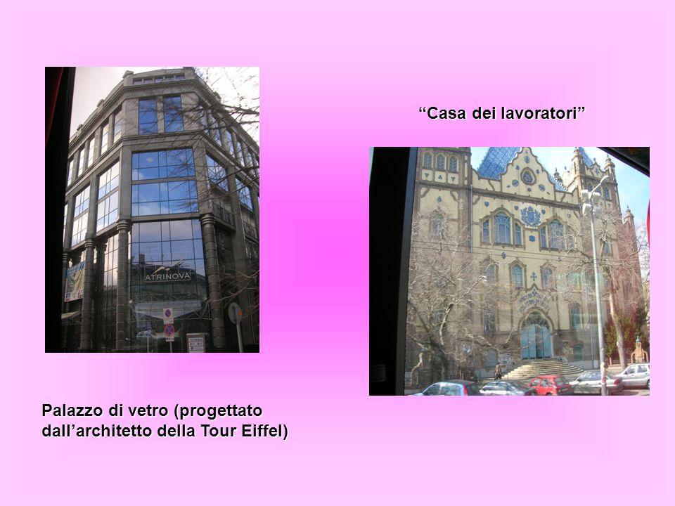 """Palazzo di vetro (progettato dall'architetto della Tour Eiffel) """"Casa dei lavoratori"""""""
