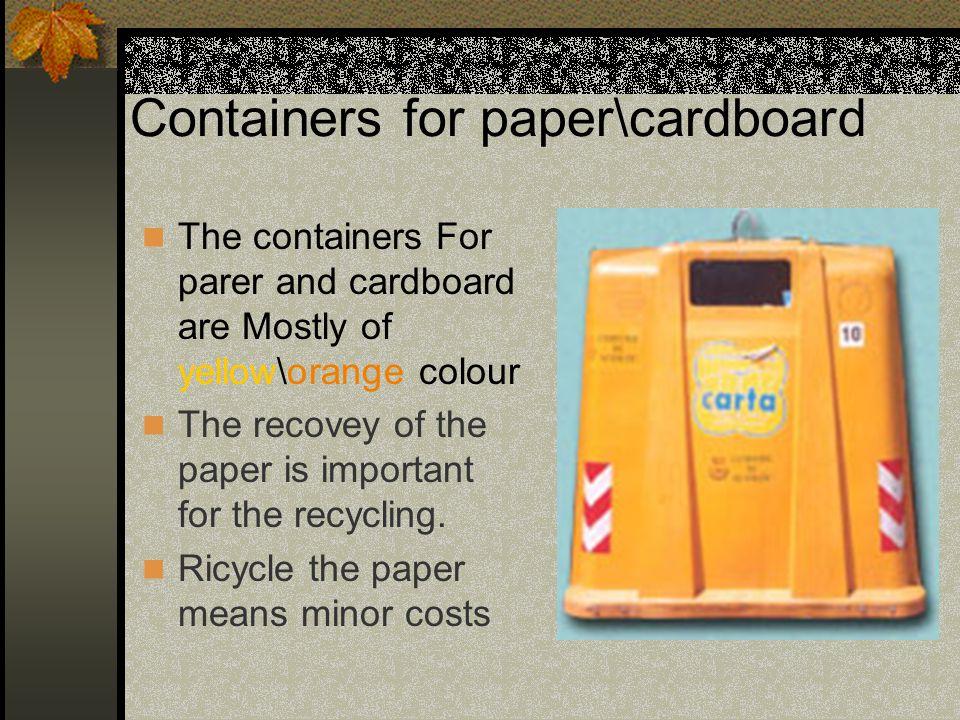 Cassonetti dei rifiuti organici I cassonetti per i rifiuti organici sono prevalentemente di questo tipo.