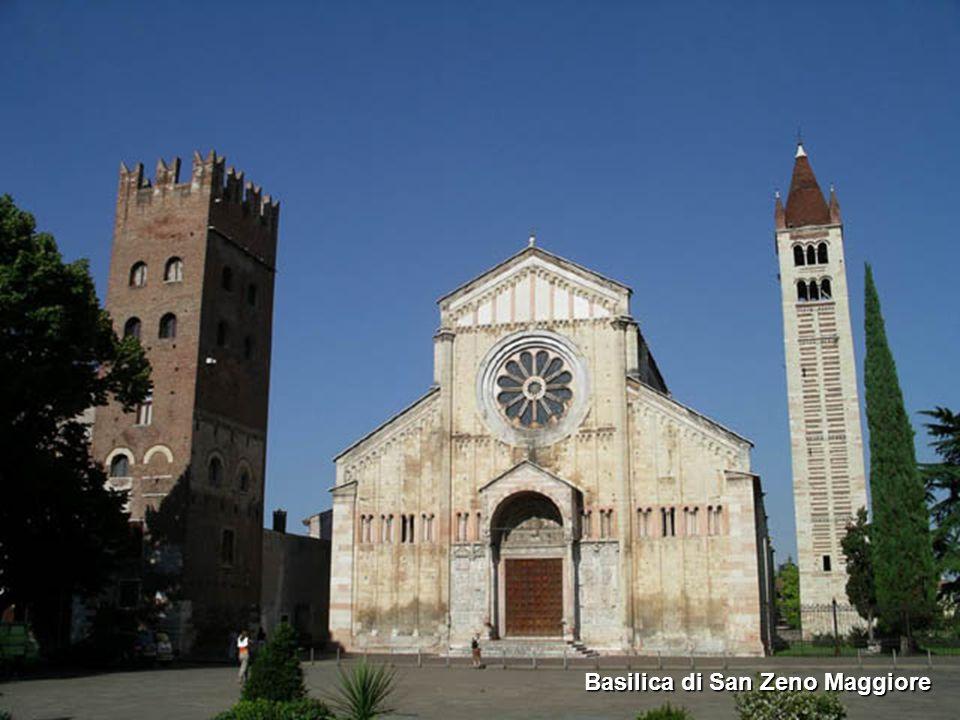 Basilica di Santa Anastasia Facciata della Basilica Veduta dell'abside con l'Adige