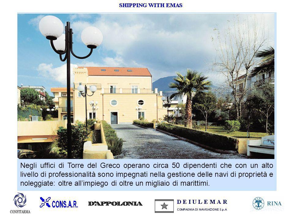 Negli uffici di Torre del Greco operano circa 50 dipendenti che con un alto livello di professionalità sono impegnati nella gestione delle navi di pro