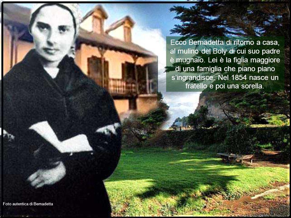 Foto autentica della stanza in cui nacque Bernadetta Dato che sua mamma non può più allattarla, Bernadetta è affidata a una balia a Bartrés. Il papà,